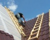 Как крыть крышу шифером правильно?