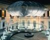 Инсталляция Nike из аэростатического купола в Милане