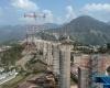 В Индии строят самый высокий в мире мост