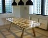 Обеденный стол с гибкой поверхностью