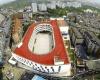 В Китае появилась школа со стадионом на крыше