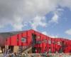 Яркое энергосберегающее здание для начальной школы в Хаслеве, Дания