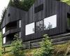 Деревянный  альпийский дом, использующий солнечную и геотермальную энергию