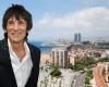 Легендарный гитарист Rolling Stones стал владельцем квартиры в Барселоне