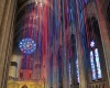 Инсталляция из тысячи разноцветных атласных лент в соборе Сан-Франциско