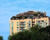 Прихоти богатых: строительство виллы  на крыше жилого дома